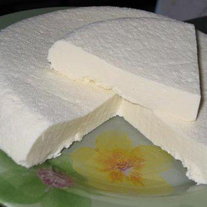 Как сделать брынзу из коровьего молока в домашних