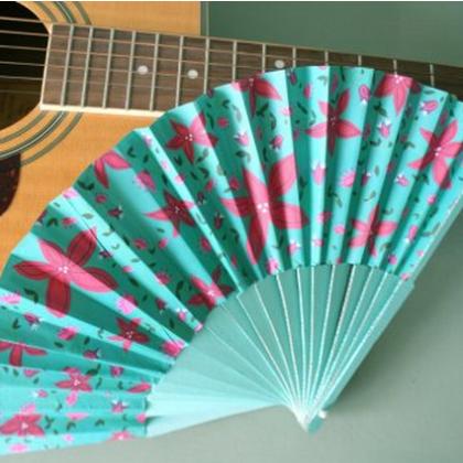 Как делать веер из бумаги?