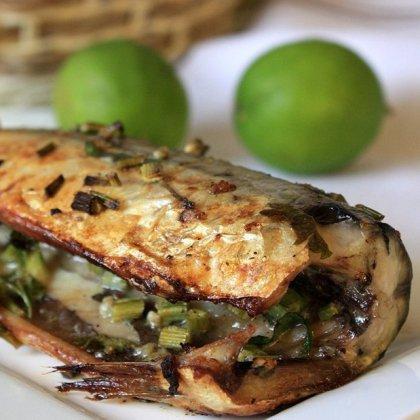 Как вкусно приготовить рыбу в духовке?