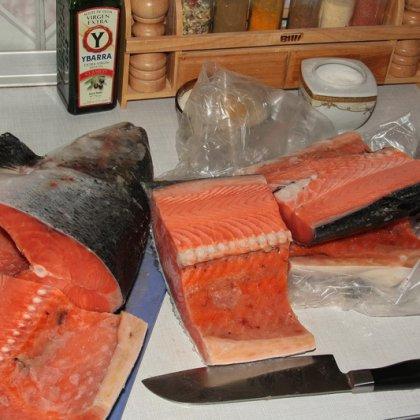 Как хранить красную соленую рыбу в домашних условиях