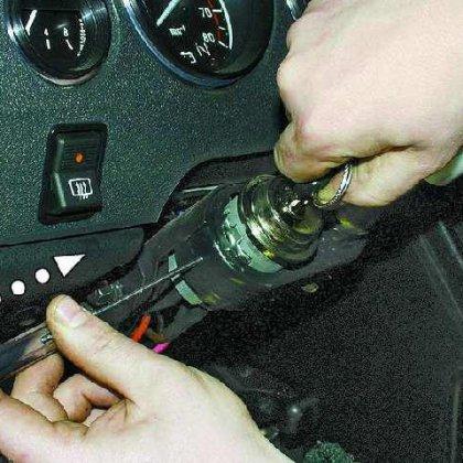 Как завести автомобиль без ключа зажигания?