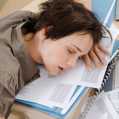 Как бороться со сном без вреда для здоровья?