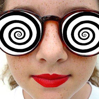 Как научиться гипнозу в домашних условиях?