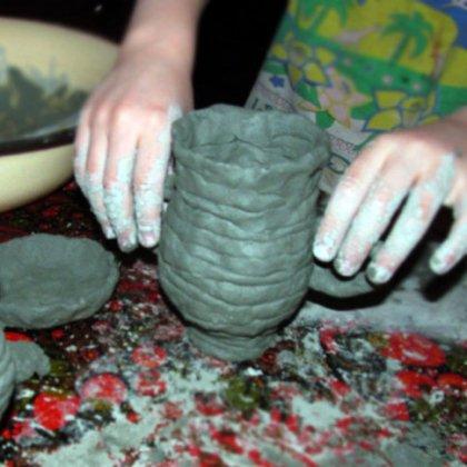 Как сделать кувшин из глины?