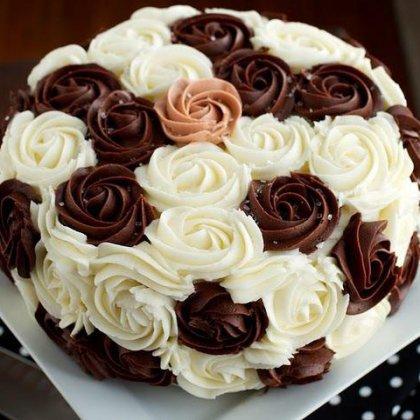Как украсить торт в домашних условиях взбитыми сливками 521