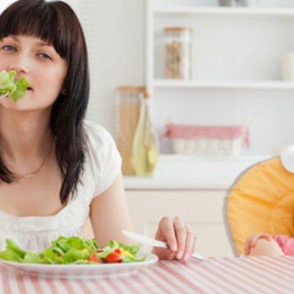 Диета для кормящих мам: чего нельзя есть в период кормления грудью?