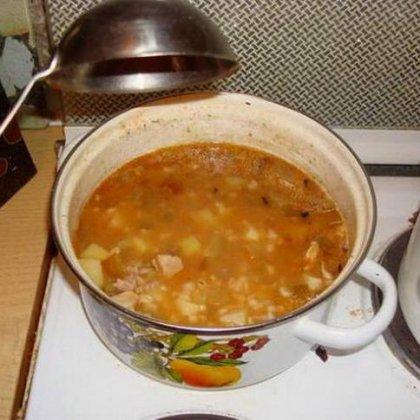 Как приготовить рассольник с колбасой?