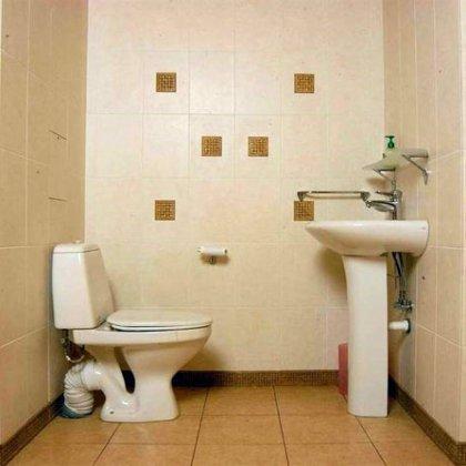 Как сделать туалет на даче в доме?