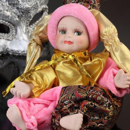Как сделать куклу из глины?