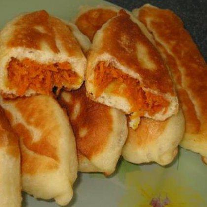 Как печь пирожки в духовке с морковью?