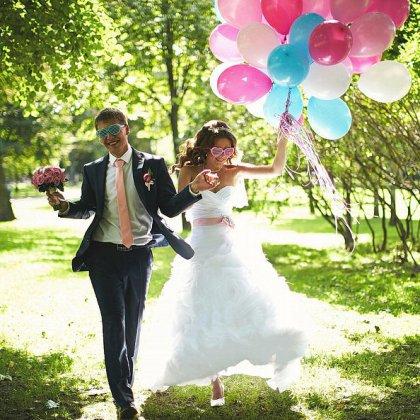 Как провести свадьбу летом: оригинальный сценарий