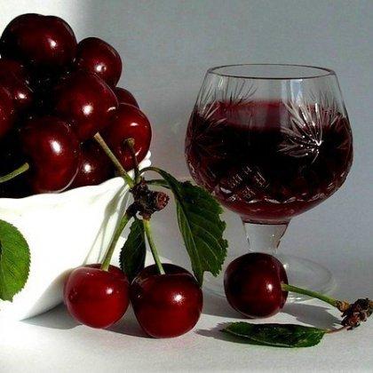 Как приготовить вино из ягод