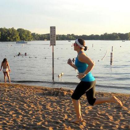 Как лучше тренироваться на пляже?