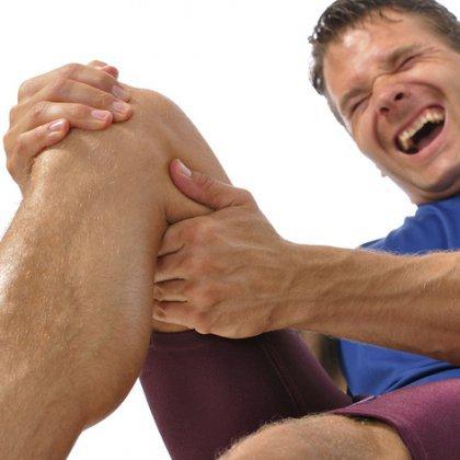 Как бороться с судорогами ног?