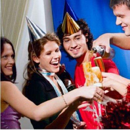 Как удивить гостей на свой день рождения: развлечения для гостей