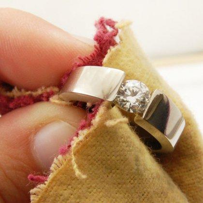 Как почистить позолоченное серебро, какими средствами?
