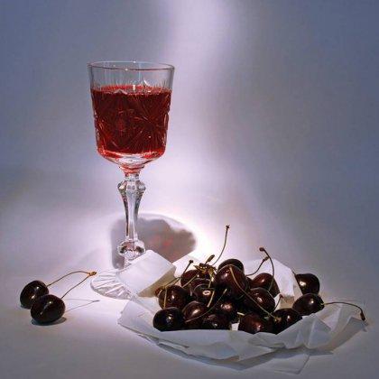 Как сделать вино из вишни самостоятельно?