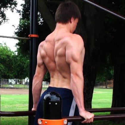 Как накачать мышцы без железа?