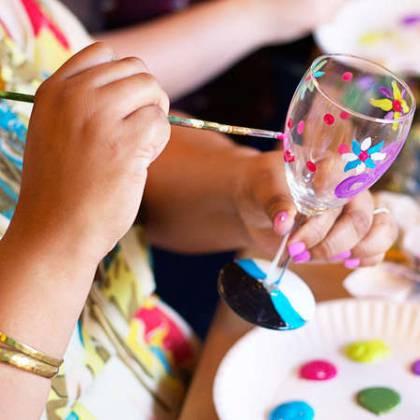Как расписать стекло? Основы мастерства