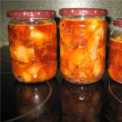 Как приготовить консервы рыбные в томате: вкусные рецепты