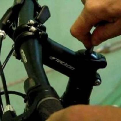 Как поднять руль на детском велосипеде: регулировка руля