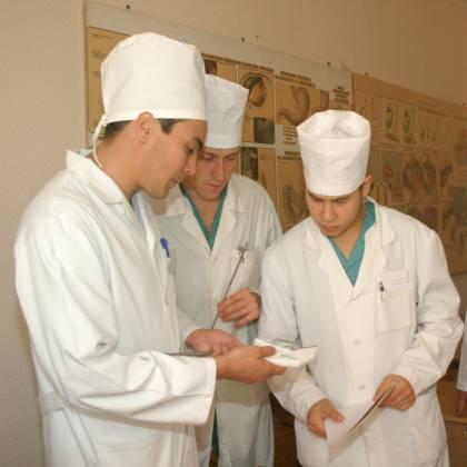 Как поступить в медицинский колледж после 9 класса выпускнику?