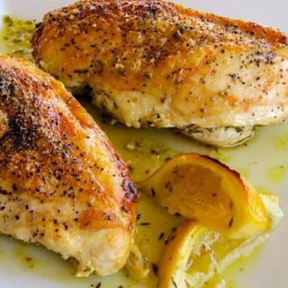 Как сделать куриную грудку сочной и мягкой в духовке: рекомендуемый рецепт