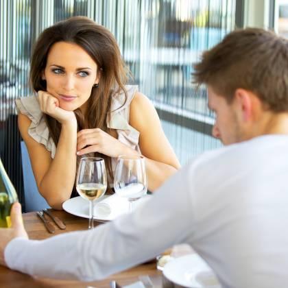 Как заинтриговать мужчину, чтобы он позвонил? Как заинтриговать мужчину: советы для женщин