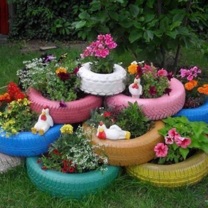 Креативные идеи, как украсить дачный участок своими руками из подручных материалов