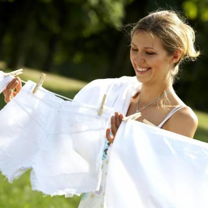 Как избавиться от старого желтого пятна с одежды в домашних условиях?