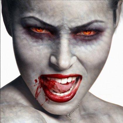 Как сделать грим вампира?