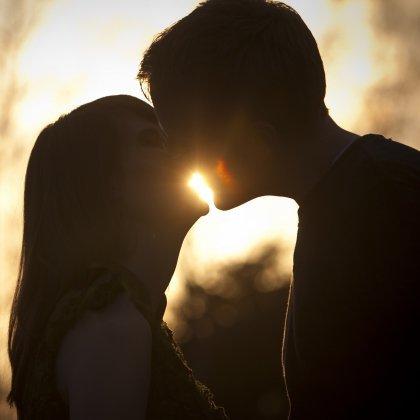 Как выбрать место для первого поцелуя?