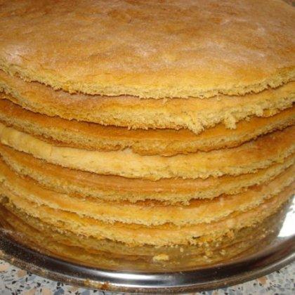 Как сделать коржи для торта мягкими?