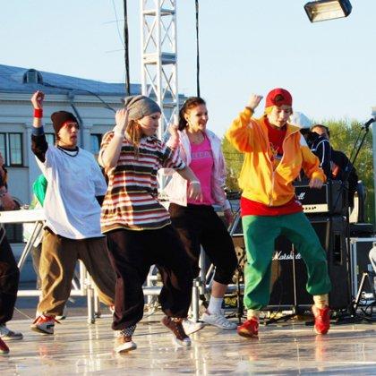 Как найти место для тренировок, чтобы научиться уличным танцам?