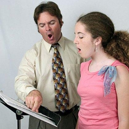 Как разработать голос для пения; как узнать, есть ли у тебя голос?