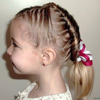 Как быстро заплести волосы ребенку?