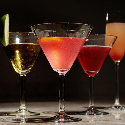 Как правильно пить алкоголь в клубе?