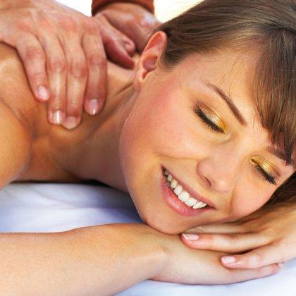 Как правильно делать массаж девушке?