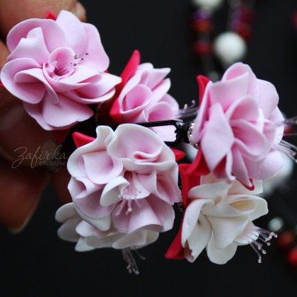 Как делать цветы из глины?