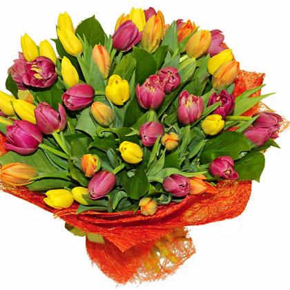 Как оформить букет из 51 тюльпана?