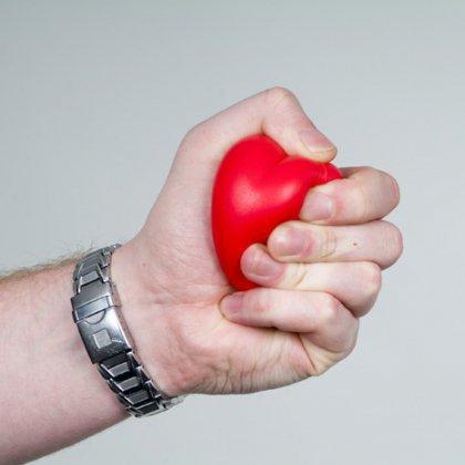 Как стресс влияет на сердце: врачи рекомендуют