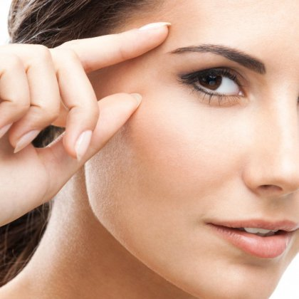 Как предотвратить морщины вокруг глаз?