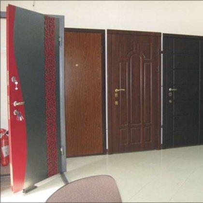 Как выбрать цвет входной двери?