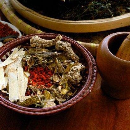 как лечить коленные суставы солей народными средствами
