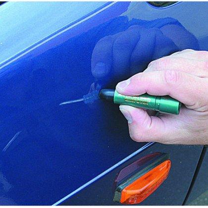 Как избавится от царапин на машине?