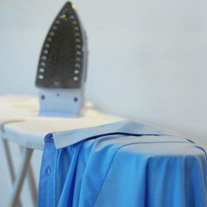 Как избавиться от блеска от утюга ткани?