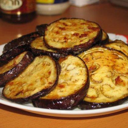 Как приготовить баклажаны с чесноком?