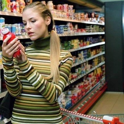 Как не купить просроченные продукты питания