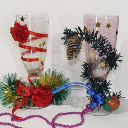 Как украсить фужеры к Новому году?