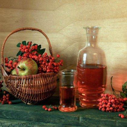 Как сделать вкусное вино из красной рябины